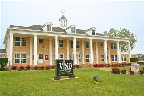 Van ISD Administration Building